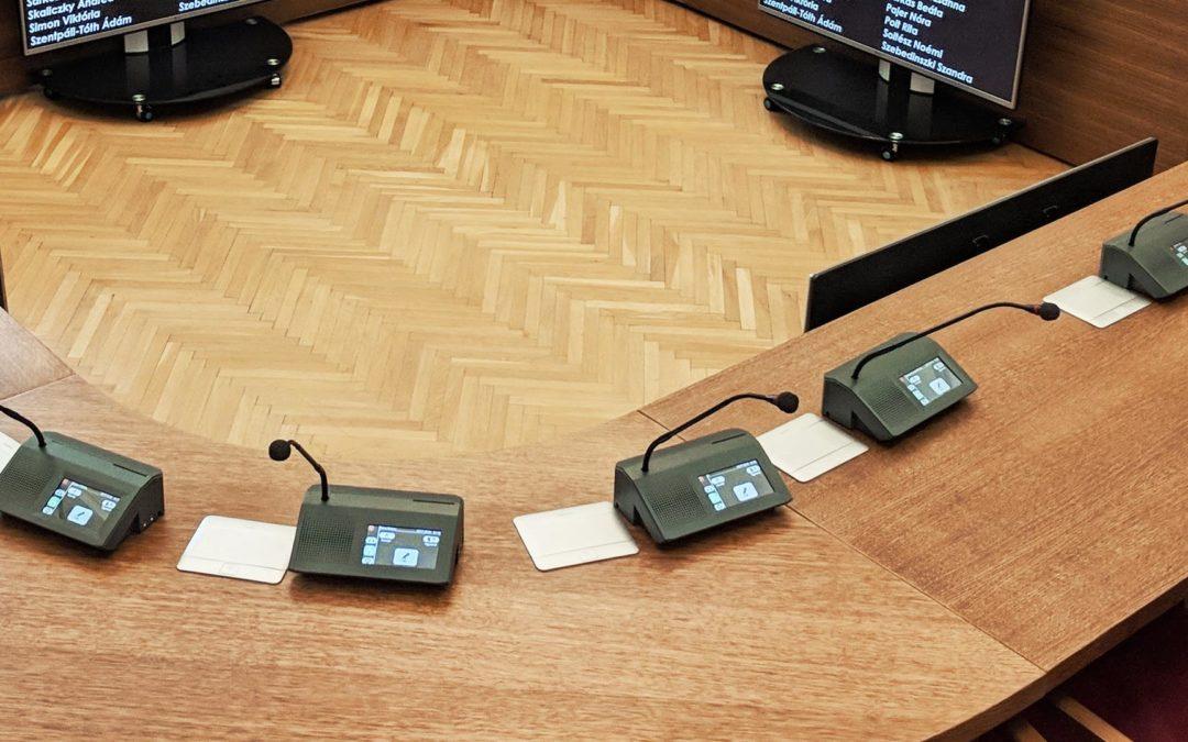 Ha szeretne az új adatvédelmi rendeletnek (GDPR) megfelelő szavazó és konferencia rendszert