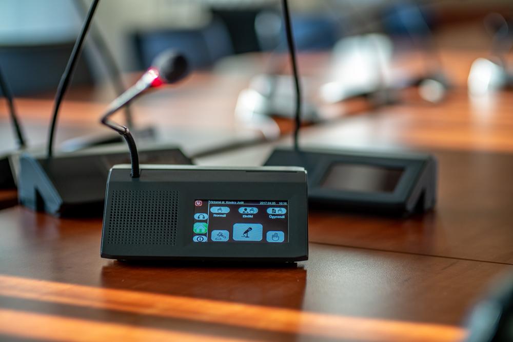 Vezérigazgatói interjú az új fejlesztésű MVU404A szavazórendszerről!