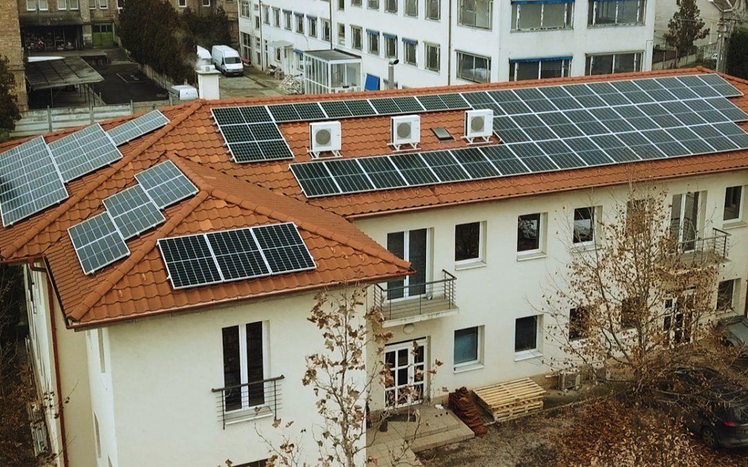 Elkészült napelem rendszerünk